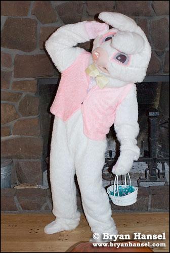 Easter bunny at Lutsen Resort