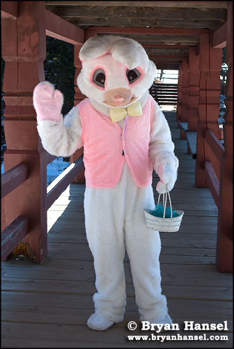 Easter bunny at Lutsen Resort