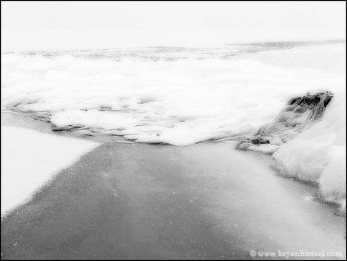 Lake Superior Ice Formatons 080303-022bw