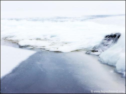 Lake Superior Ice Formatons 080303-022o