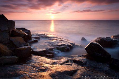 Sunrise over Lake Superior at Cascade River State Park. Minnesota.
