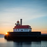 duluth lighthouse at sunrise