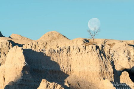 moonset in the badlands