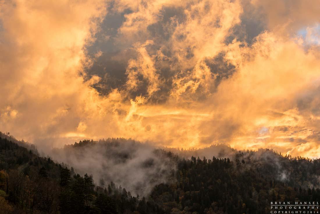 great smoky mountains ridgeline looks like its on fire