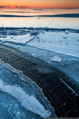 ice curve on lake superior