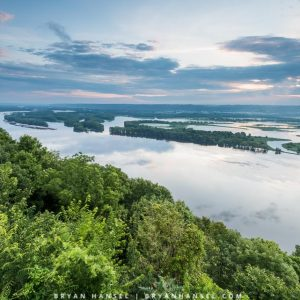 looking up the mississippi river